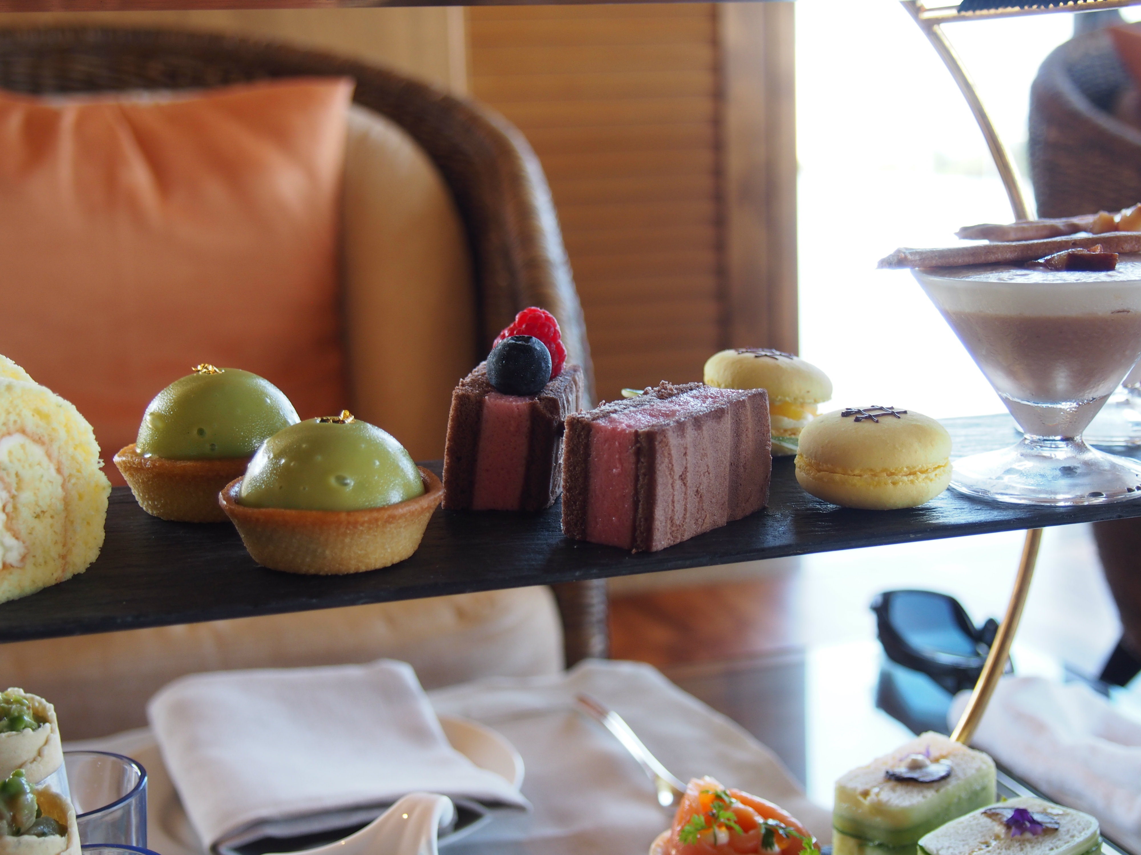 ritz-carlton okinawa afternoon tea
