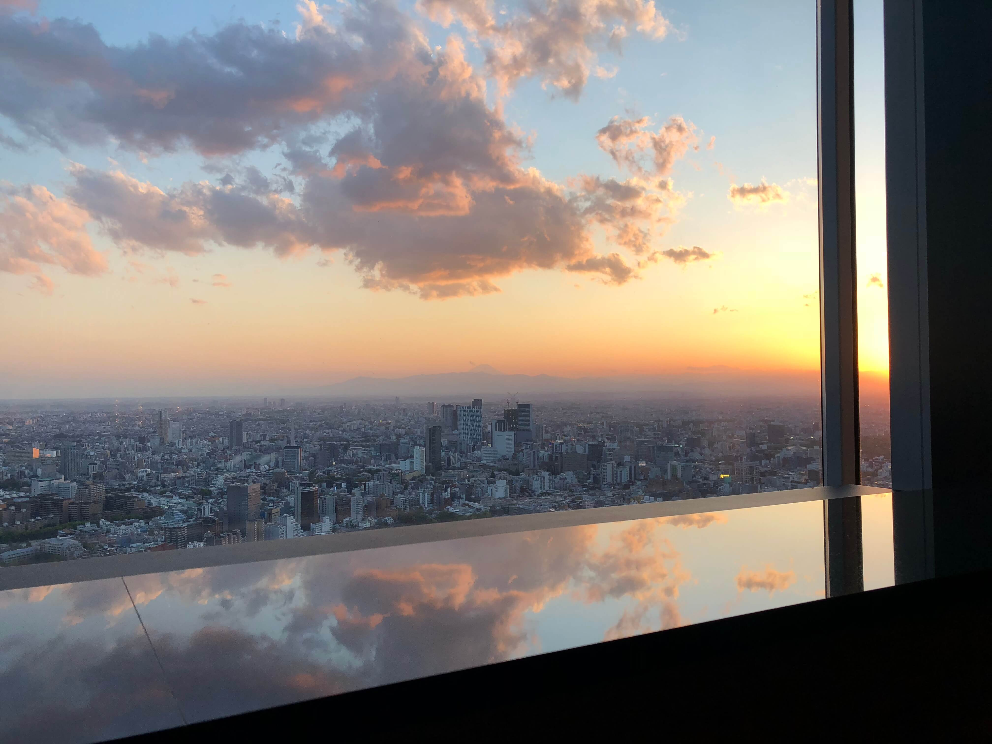 Ritz-Carlton Tokyo Club Lounge Mt. Fuji