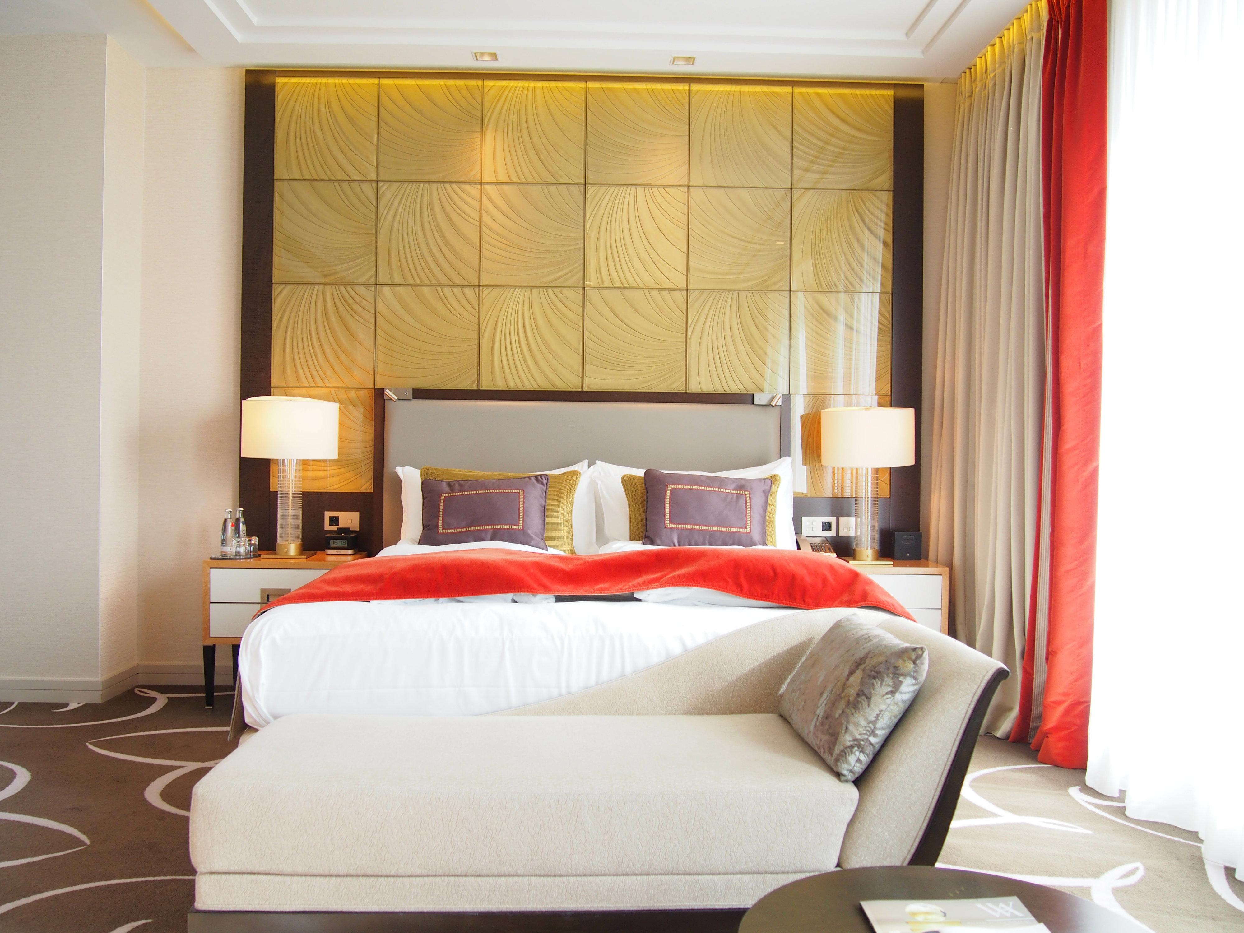 Waldorf Astoria Berlin king junior suite 2