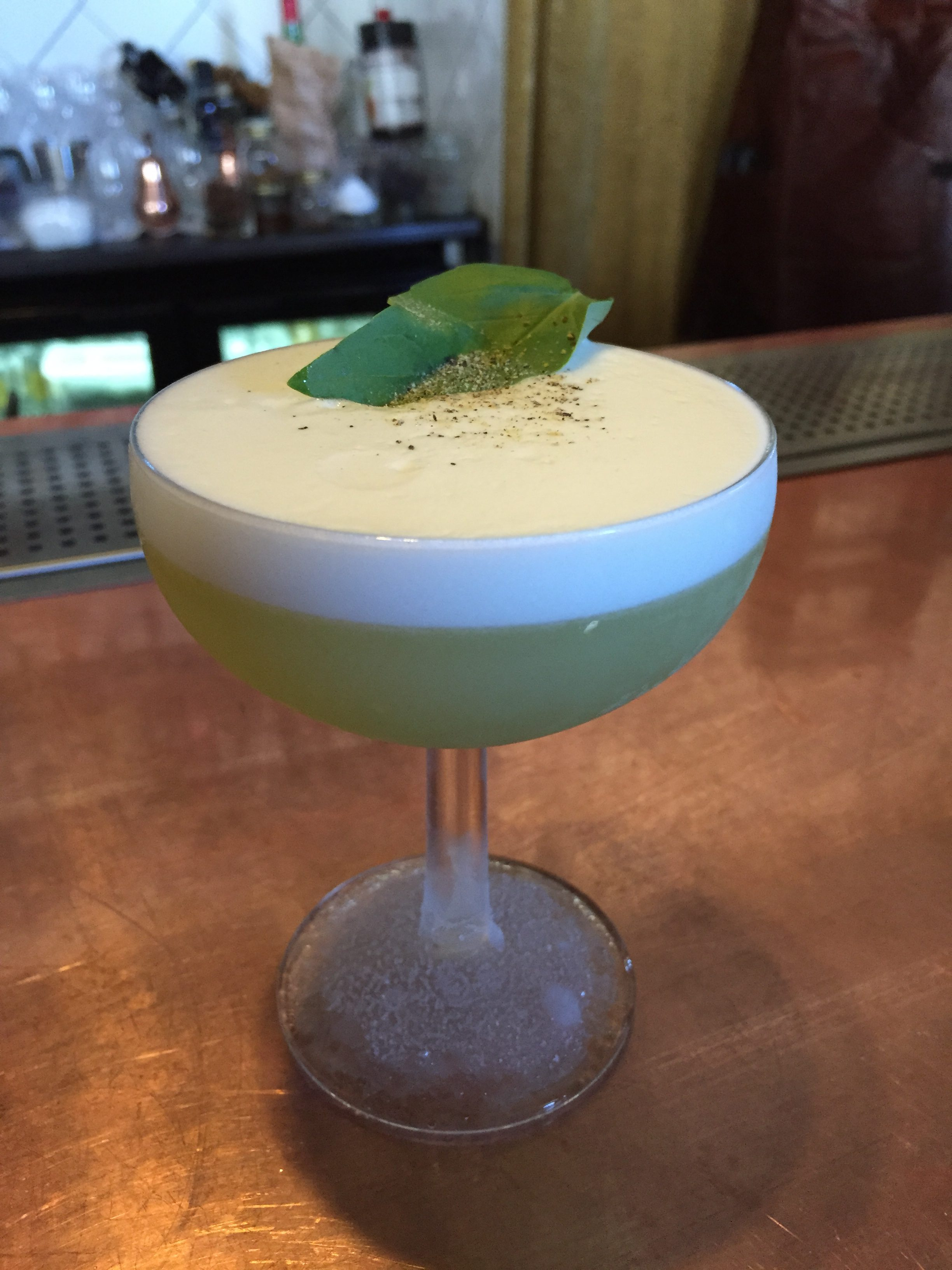 cocktail bar in helsinki grotesk 2