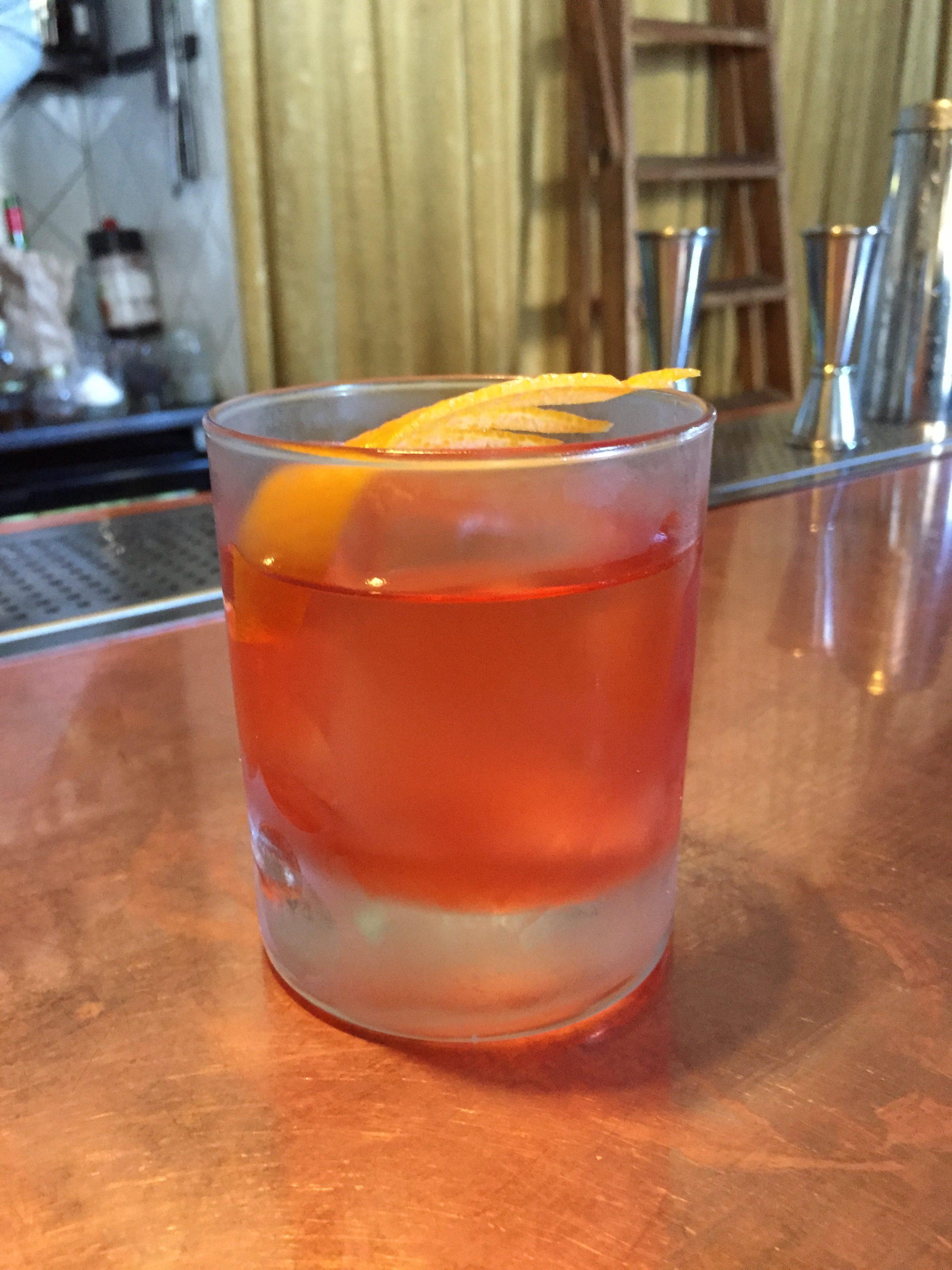 cocktail bar in helsinki grotesk 1