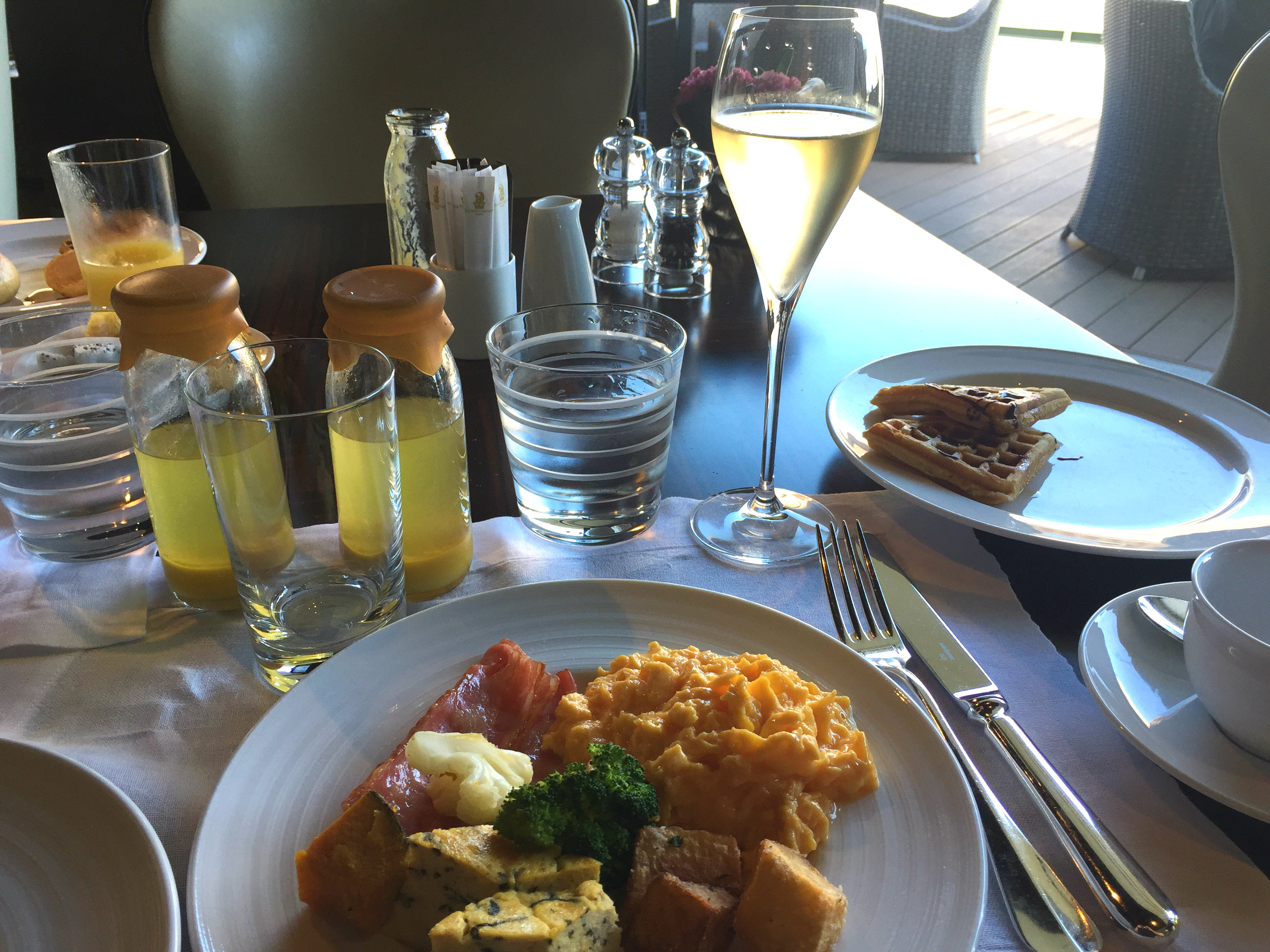ritz-carlton okinawa breakfast
